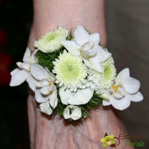 Bracelet de mariée fleuri