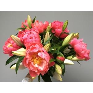 Bouquet pivoines et lys